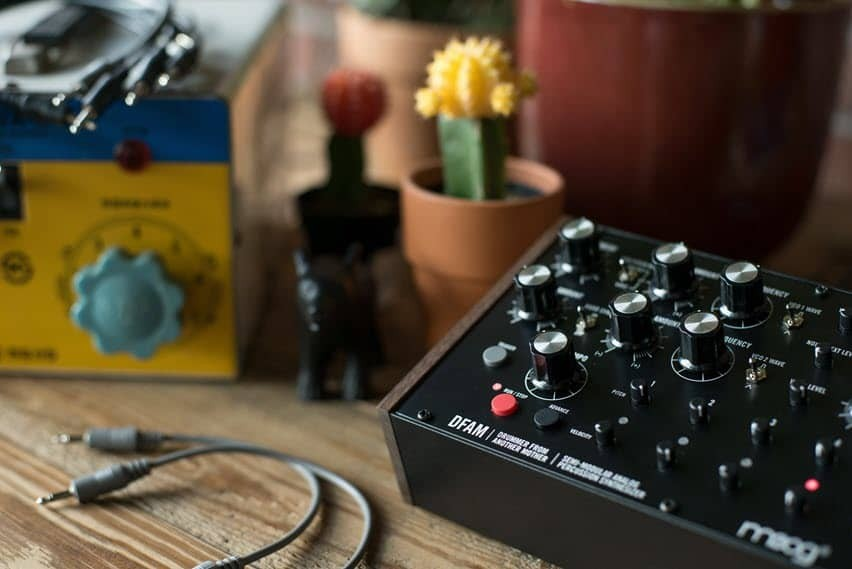 DFAM Drummer From Another Mother - Semi-modular analog percussion-synth