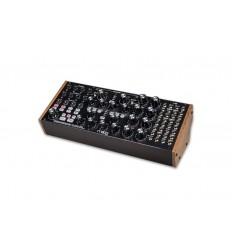 Subharmonicon - Semi-Modular Polyrytmisk analog synthesizer
